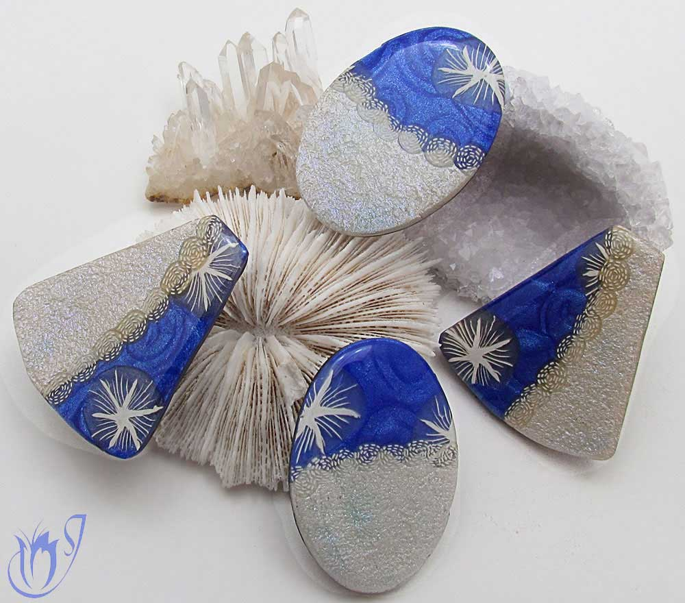 Blue mica shift and textured white pearl polymer clay beads