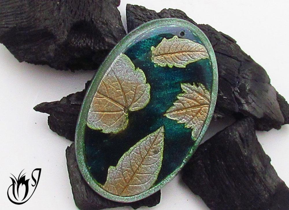 Polymer clay mica leaf bead