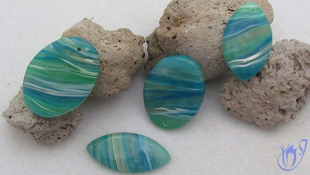 Faux agate polymer clay beads sealed with varnish
