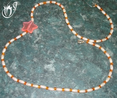 Simple beaded necklace